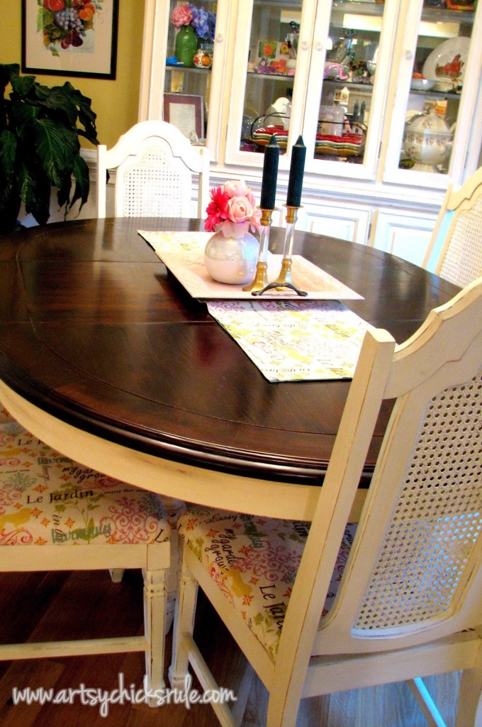 Dining Table Makeover - Budget Decorating - artsychicksrule.com