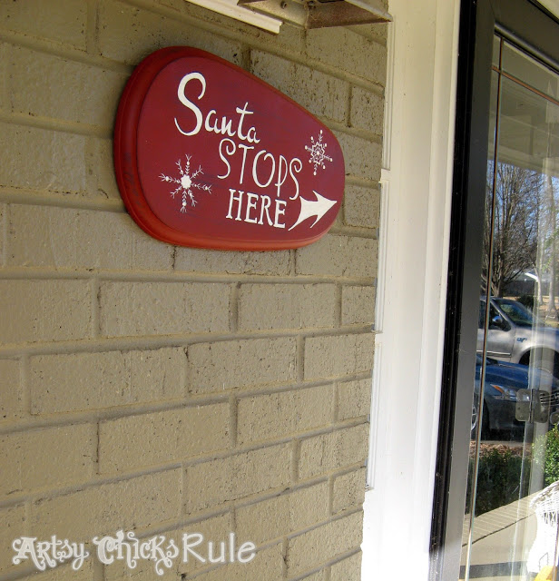 DIY Santa Sign - Artsy Chicks Rule