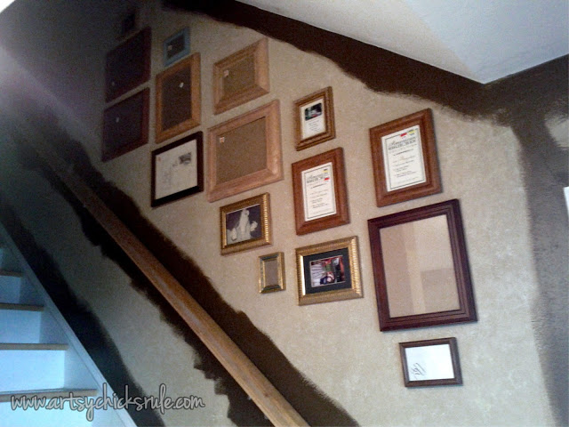 Thrift Store Frames for Thrifty Gallery Wall: Artsy Chicks Rule