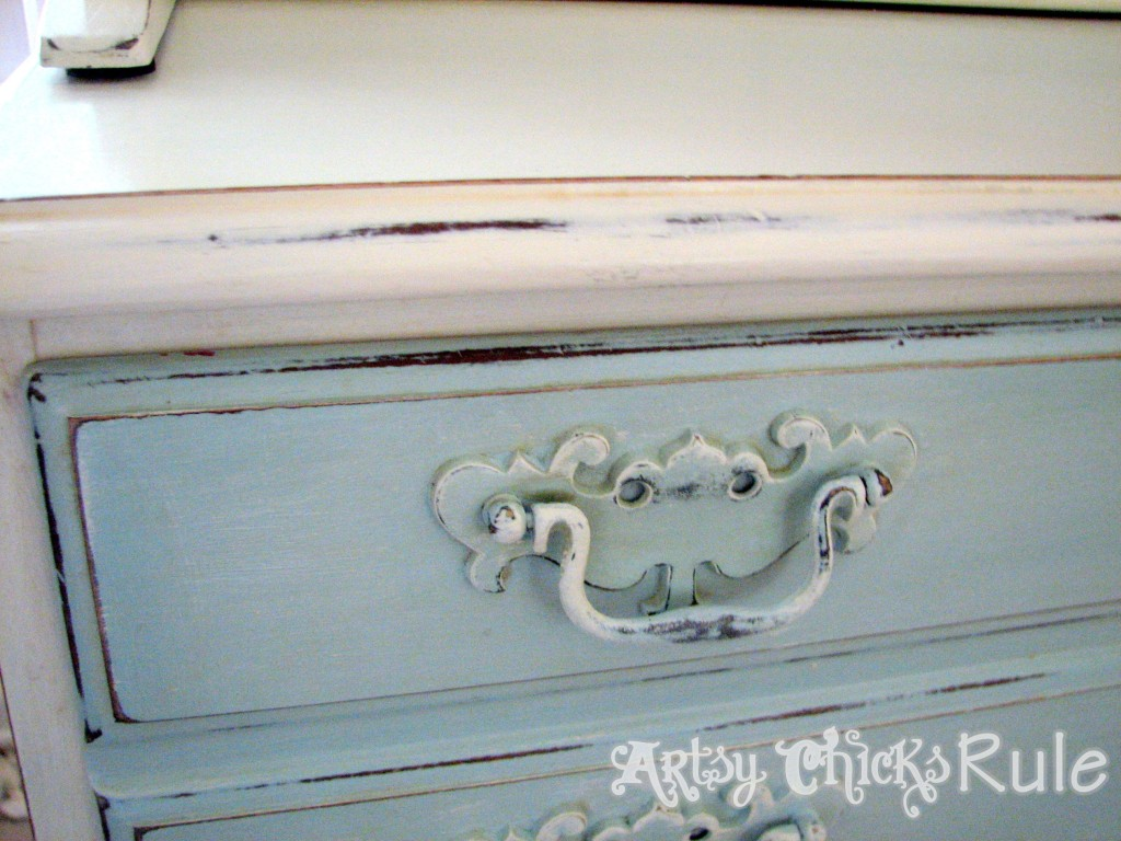 Blue Hutch Chalk Paint Handle