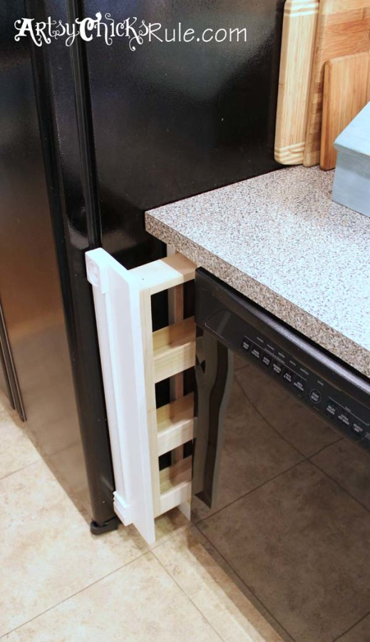 Kitchen Cabinet DIY pullout