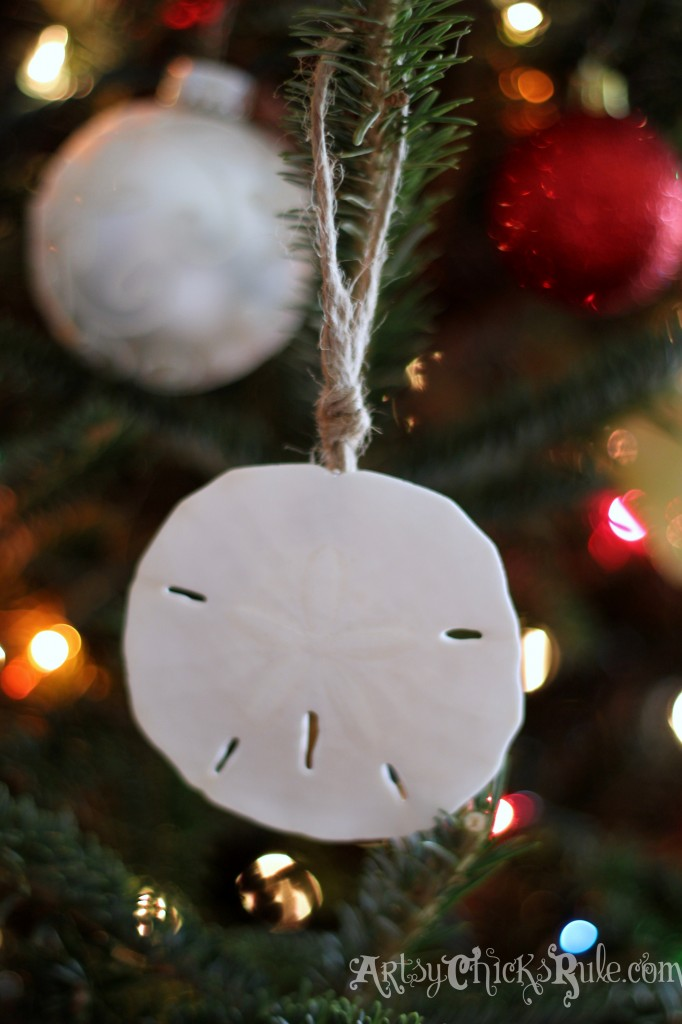 DIY Sand Dollar Ornament - Holiday Home Tour