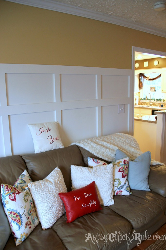 Family Room Holiday Decor - Thrift Store Pillow Makeover with Chalk Paint - Holiday Home Tour