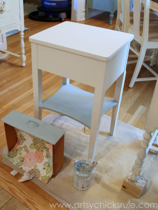 Thrifty End Table Makeover - Chalk Paint - Back Painted - artsychicksrule.com #chalkpaint #duckegg #shabby #coastal