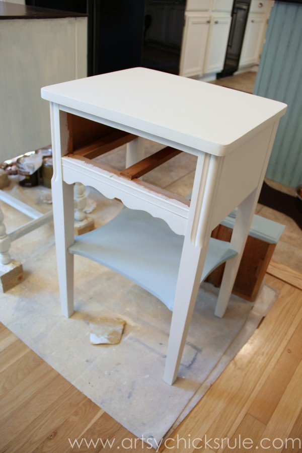 Thrifty End Table Makeover - Chalk Paint - Front Painted - artsychicksrule.com #chalkpaint #duckegg #shabby #coastal