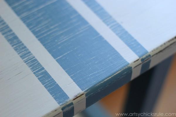 Grain Sack Table Makeover -  Distressed Stripes - #chalkpaint #milkpaint #grainsack - artsychicksrule.com