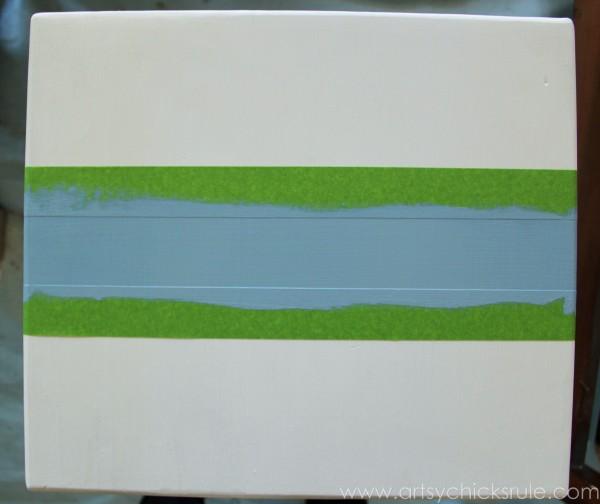 Grain Sack Table Makeover -  taped for stripes - #chalkpaint #milkpaint #grainsack - artsychicksrule.com