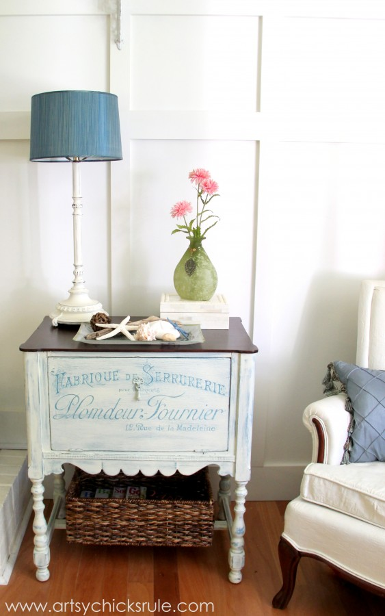 French Fabulous Cabinet Makeover - Finished #chalkpaint -artsychicksrule.com