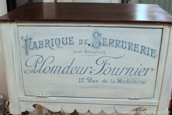 French Fabulous Cabinet Makeover - Graphics #chalkpaint -artsychicksrule.com