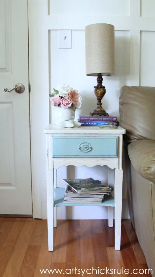Lamp Makeover with Chalk Paint - Before -artsychicksrule.com #thrifty #chalkpaint #homedecor