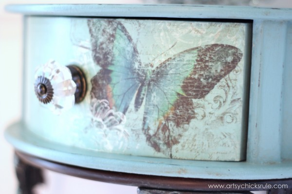 Decoupage Butterfly Table - #chalkpaint - artsychicksrule.com