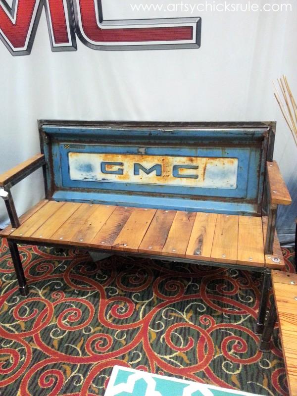 Haven Blogger's Conference 2014 - GMC Booth - Cool Bench - artsychicksrule.com