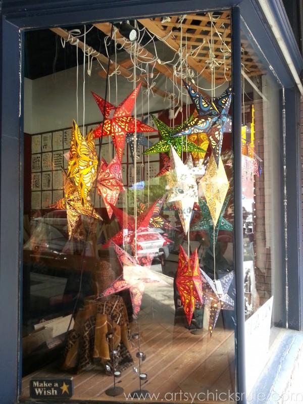 Asheville NC Road Trip - Pretty Stars- artsychicksrule.com #asheville #downtown