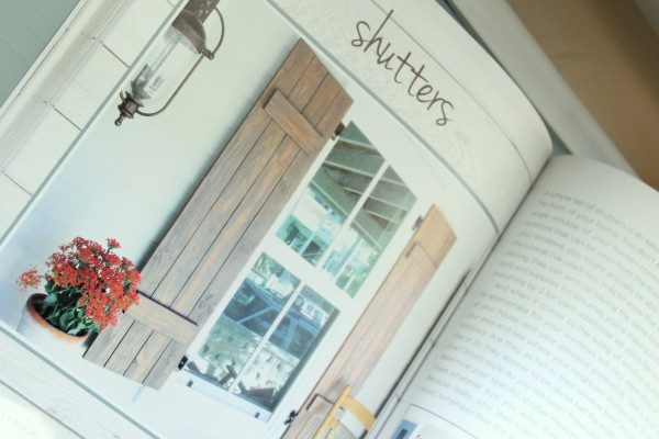DIY Wood Pallet Book Review - Shutters