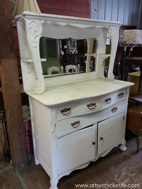 Page's Thieves Market - great for coffee bar - Mt. Pleasant SC - #vintage #antiques artsychicksrule.com