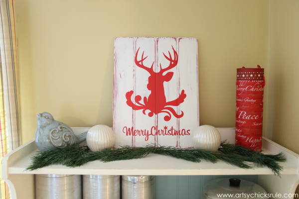 Christmas Home Tour 2014 - Red and Teal Themed - Dining - Silhouette Deer Head - #christmas #hometour #holidays #holidaydecor #redandteal artsychicksrule.com