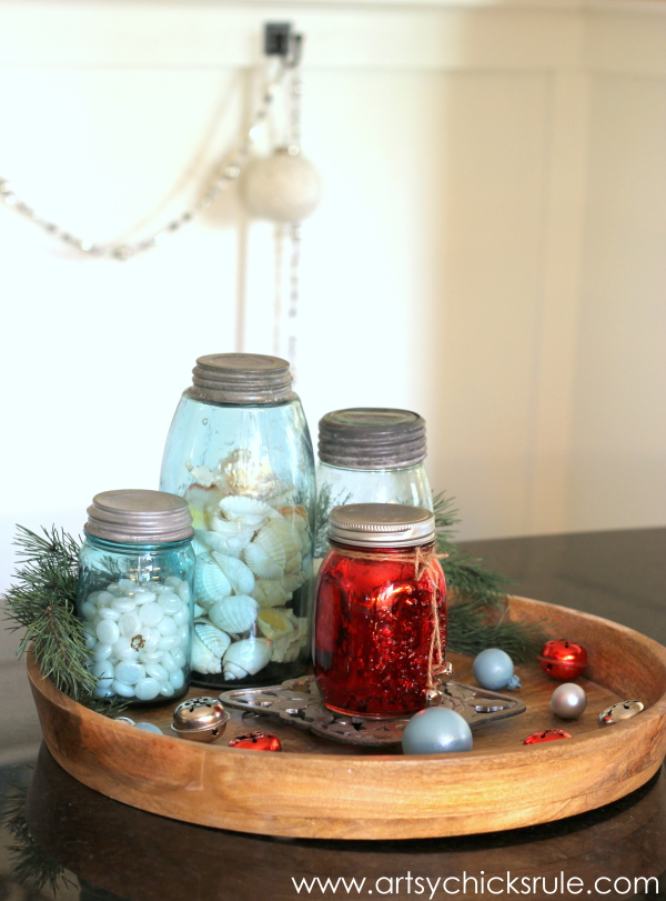 Christmas Home Tour 2014 - Red and Teal Themed - Kitchen - Centerpiece - #christmas #hometour #holidays #holidaydecor #redandteal artsychicksrule.com