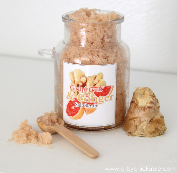 Easy DIY Salt Scrub Recipes - Pink Himalayan Salt - Ginger & Grapefruit -#saltscrub #pinkhimalayan