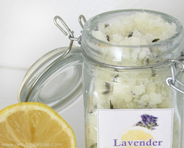 Simple DIY Sugar Scrub Recipes (you can do) - Sweet Lavender Lemon - #lavender #lemon #sugarscrub artsychicksrule.com