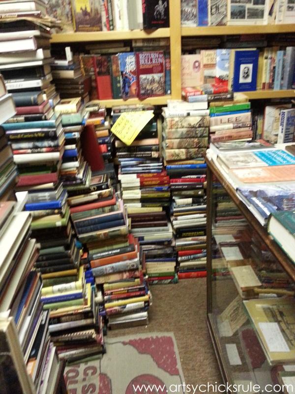 Vintage Goodness (books, lighting and more) #vintage #treasures #artsychicksrule #antiques (28)