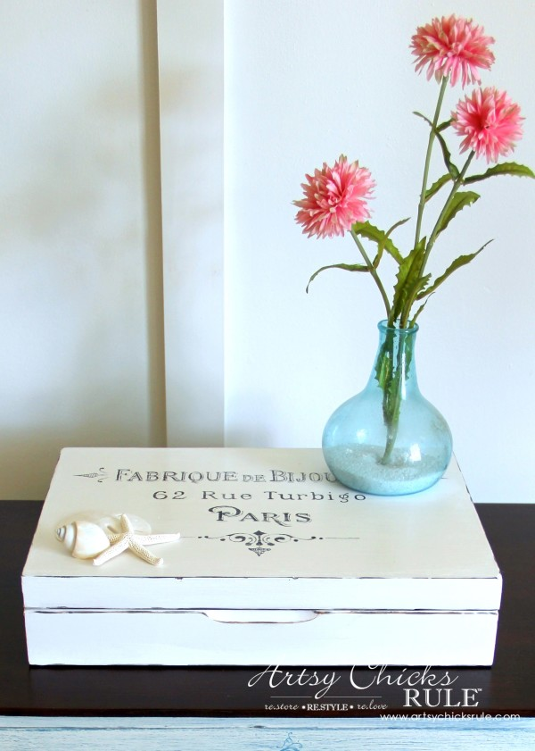 French Paris Box Makeover with Chalk Paint - Pink Flowers - #chalkpaint #purewhite #anniesloan #paris #french #frenchcountry artsychicksrule.com