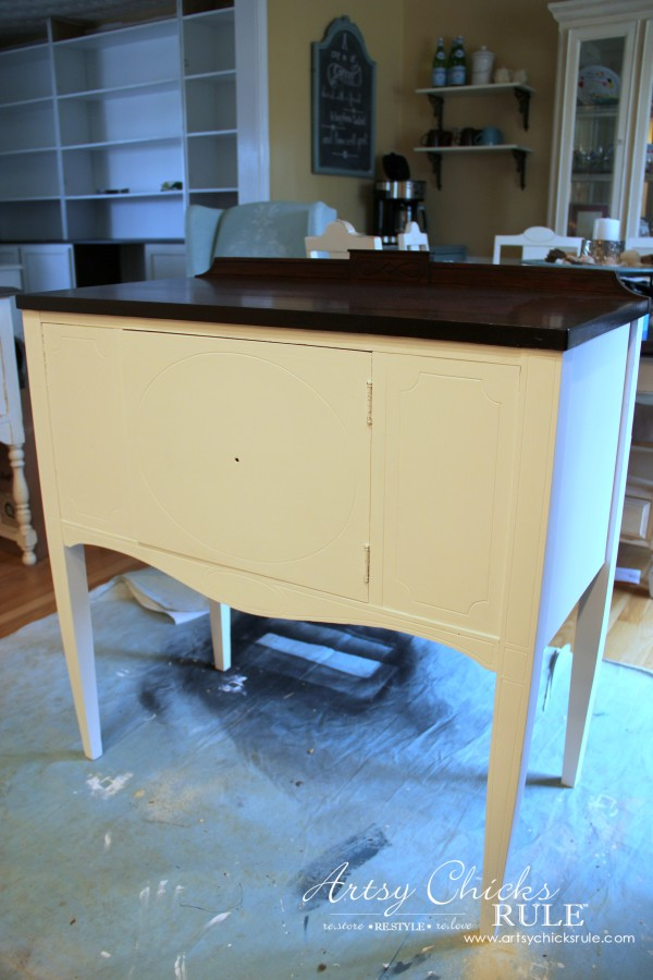 Sideboard Makeover with Java Gel and Chalk Paint - Pure White - #javagel #chalkpaint #anniesloan #makeover artsychicksrule.com