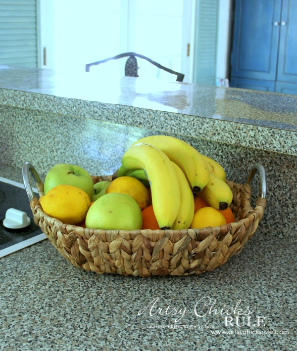 Decorating with Baskets - Functional and Decorative Storage Solution - for fruit on the counter! artsychicksrule.com #baskets
