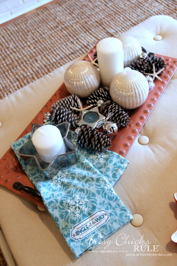 Decorating with Trays - Inspiration for using them in your home! - #pinecones #homedecor artsychicksrule.com
