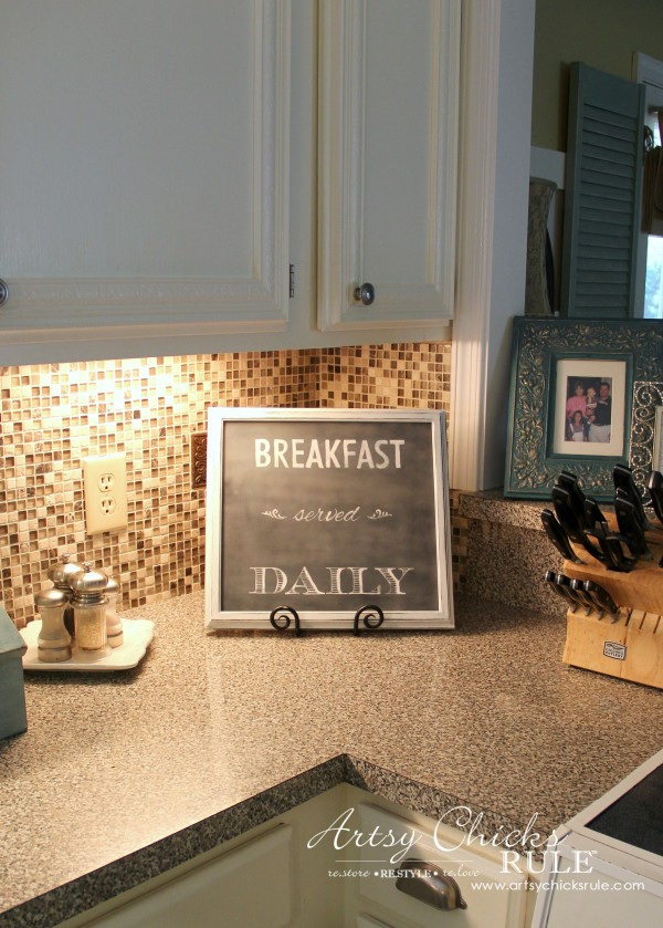 Breakfast Served Daily Chalkboard Art - Trash to Treasure Transformations - Cute new thrifty sign - artsychicksrule.com