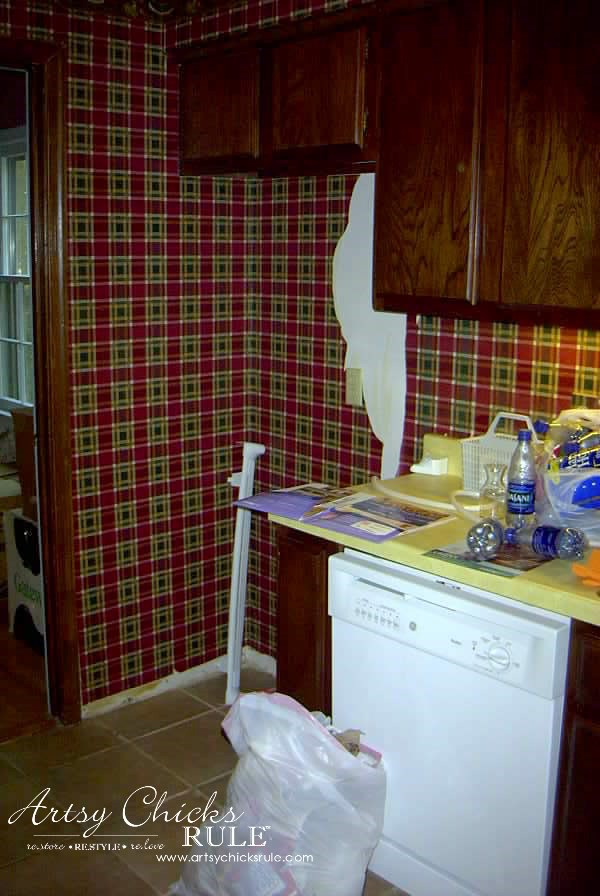Kitchen-Makeover-Plaid-Paper-Removal-kitchen-Makeover-artychicksrule