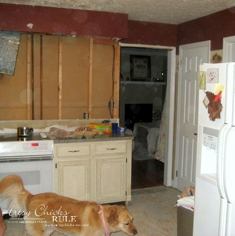 Kitchen Makeover - Wall Removal - #kitchen #Makeover artychicksrule