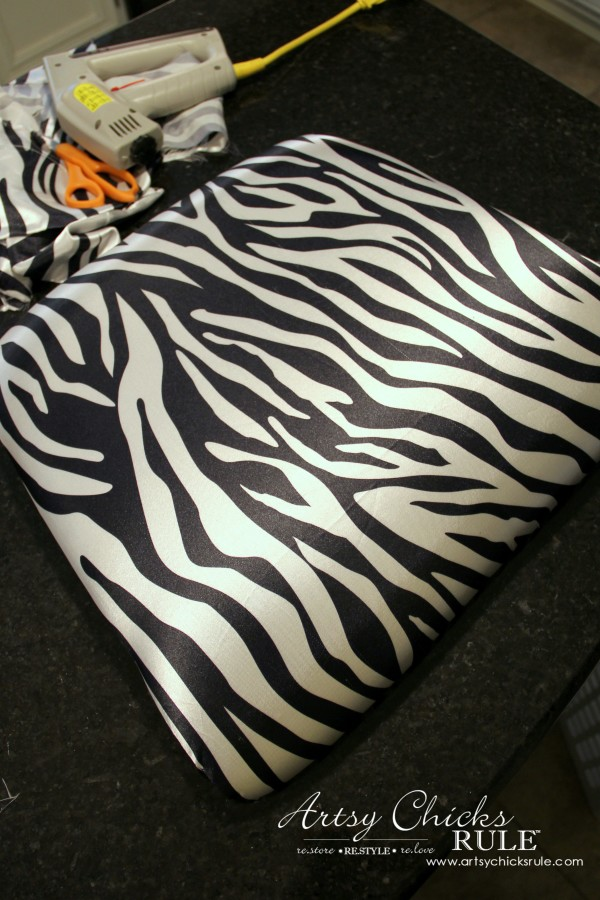 Zebra Chair Makeover (Animal Theme)  - Covering the seat - $5 dollar thrifty makeover - artsychicksrule