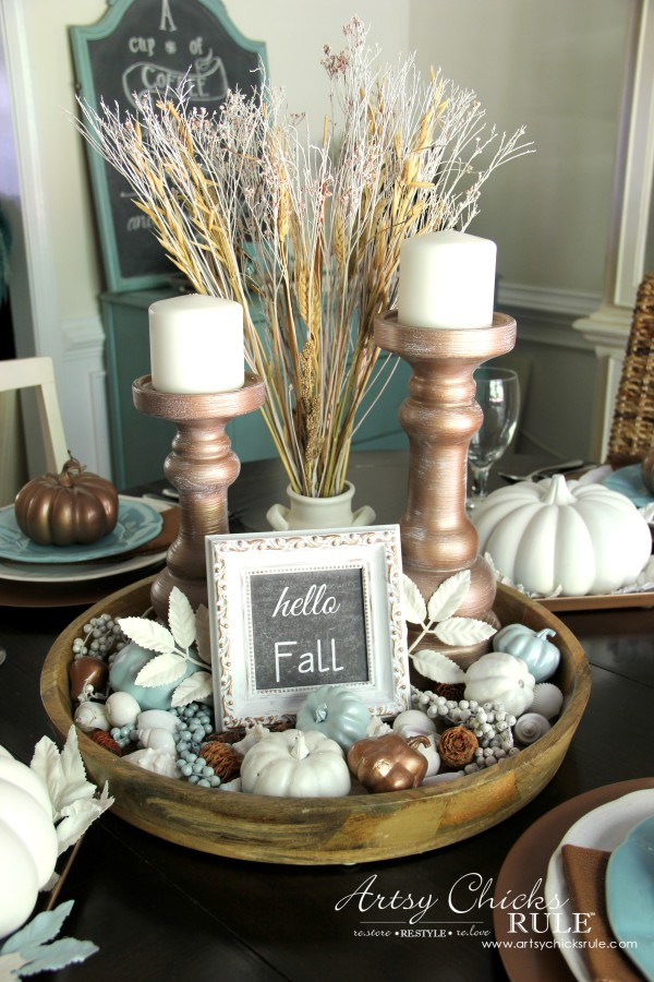 Coastal Casual Fall Tablescape - Centerpiece - artsychicksrule #falldecor #falltablescape #coastaldecor