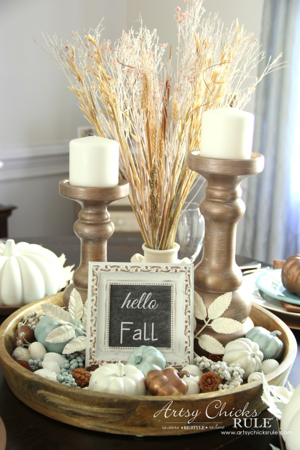 Coastal casual fall tablescape on a budget artsy for Round dining room table centerpiece ideas