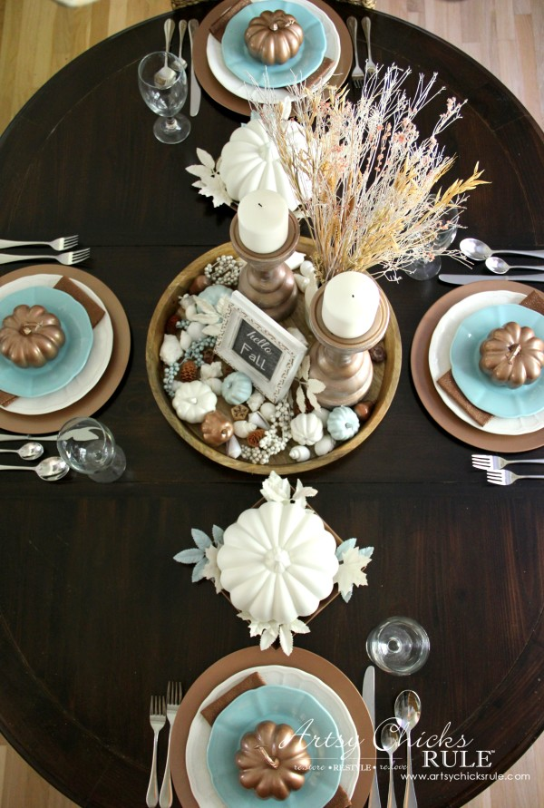 Coastal Casual Fall Tablescape - Neutral Coastal Tablescape on a BUDGET - artsychicksrule #falldecor #falltablescape #coastaldecor