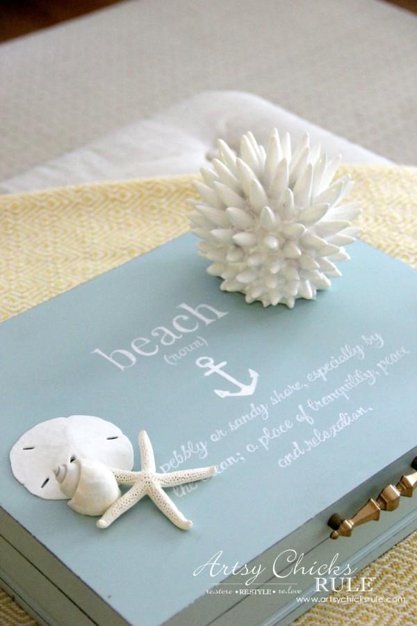 Robin's Egg Blue Beach Box Makeover (Budget Friendly Decor ...