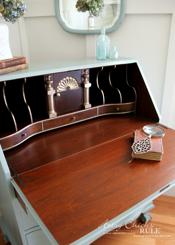 Secretary Desk Makeover (Chalk Paint® by Annie Sloan) - After inside 3 - #MadeItMyOwn #sp #chalkpaint artsychicksrule