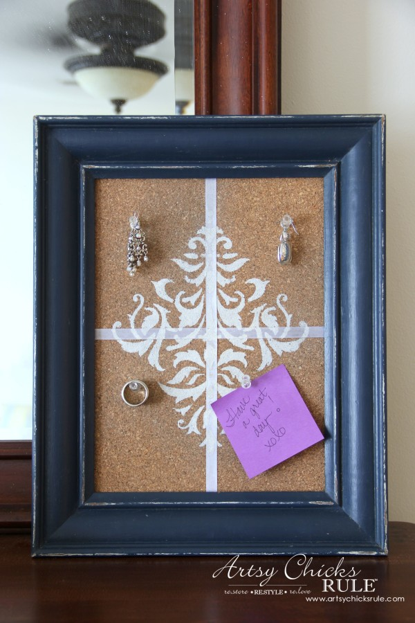 A Faux Weathered Sign, No Sew Pillow and Fancy Corkboard - Jewelry corkboard - artsychicksrule