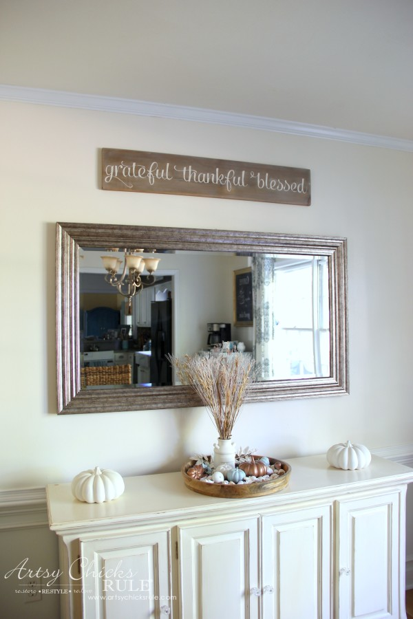 Grateful thankful blessed diy weathered sign artsy for Cute dining room decor