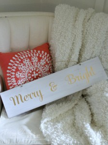 DIY Merry & Bright Sign