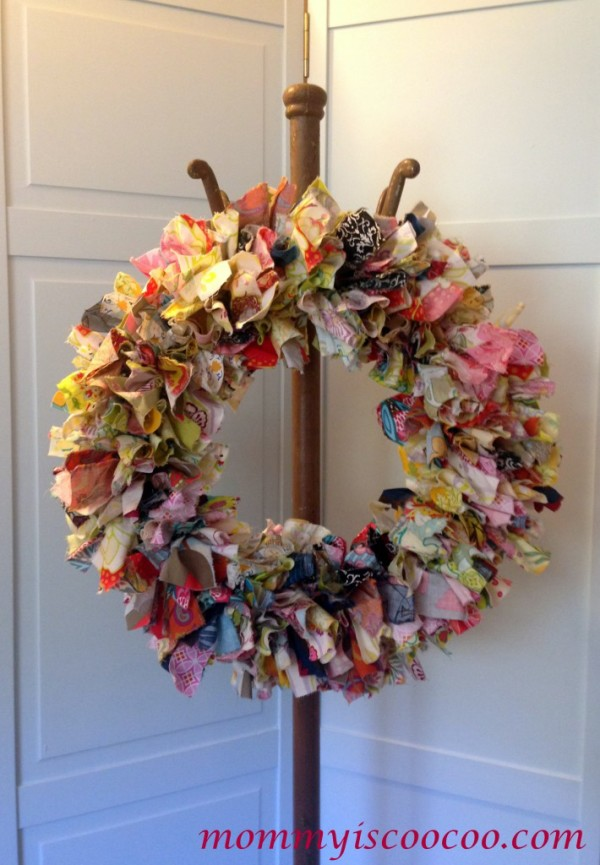 fabric-rag-wreath-Mommy is Coo Coo
