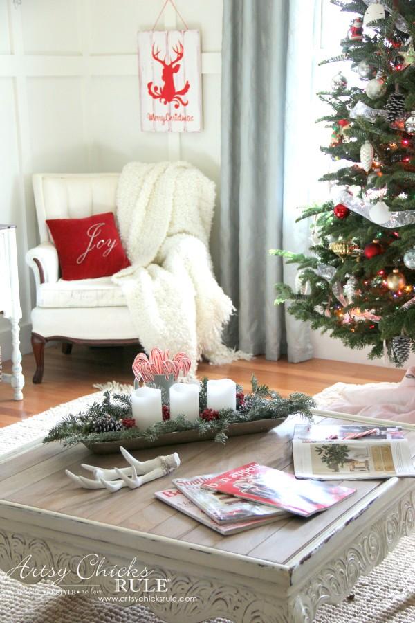 Christmas Home Tour 2015 - Simple and Budget Friendly - artsychicksrule.com #christmashometour