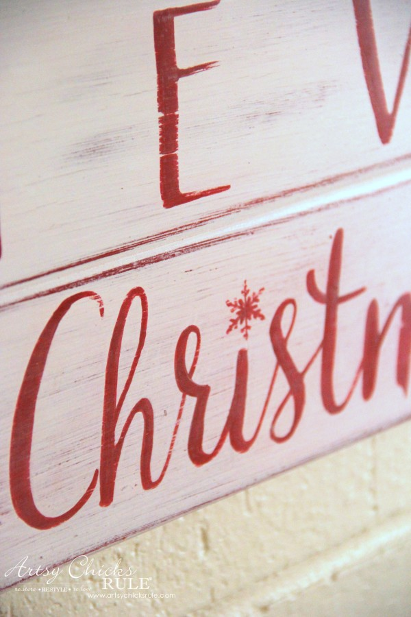 DIY Believe in the Magic of Christmas Sign - Close up - #artsychicksrule #Christmassign #believesign