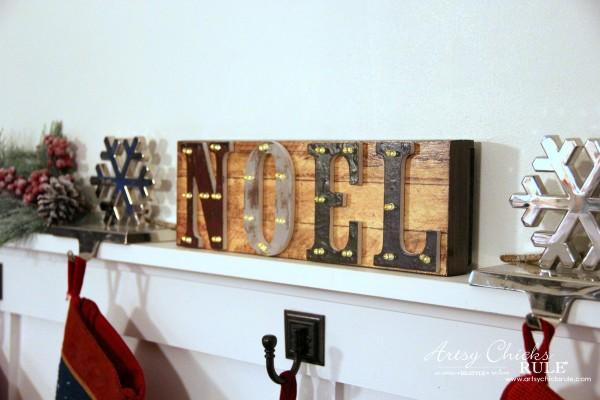 Holiday Gift Ideas - Pavilion Gift - LED Noel - #artsychicksrule #ad #giftideas