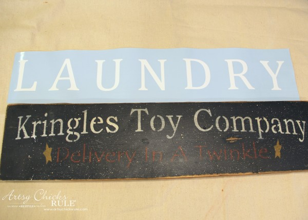 Antiqued Laundry Sign - BEFORE with vinyl - artsychicksrule #laundrysign #diylaundrysign