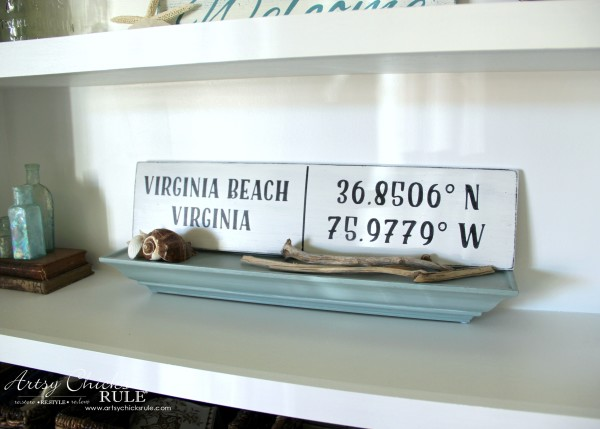DIY Coordinates Sign - SUPER QUICK PROJECT - artsychicksrule #silhouette #diy #sign #coastaldecor