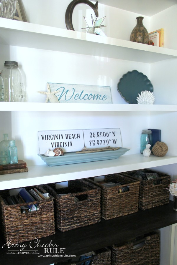 DIY Coordinates Sign - SUPER SIMPLE PROJECT - artsychicksrule #silhouette #diy #sign #coastaldecor