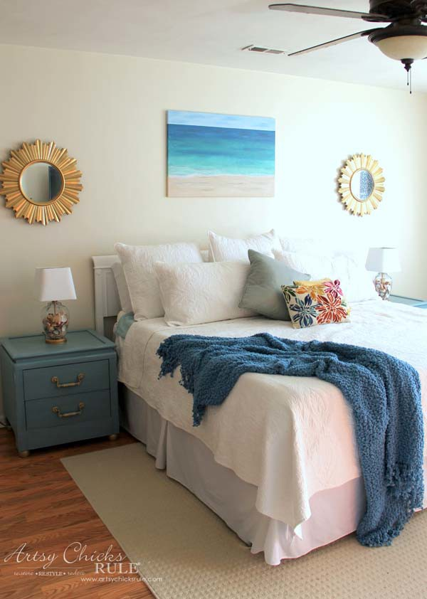 DIY Beach Painting - COASTAL BEDROOM - artsychicksrule.com