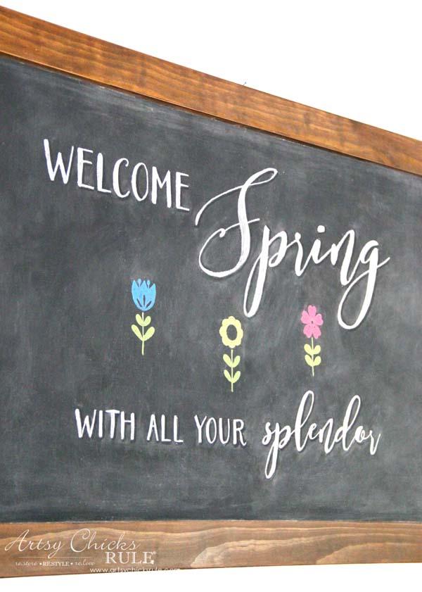 DIY Farmhouse Inspired Chalkboard - Spring Chalk Art - artsychicksrule