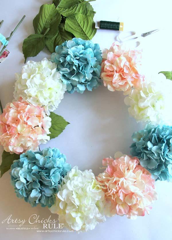 DIY Hydrangea Wreath - Adding Leaves - artsychicksrule